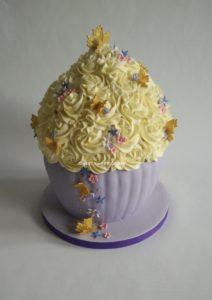 Giant Cupcake (2)